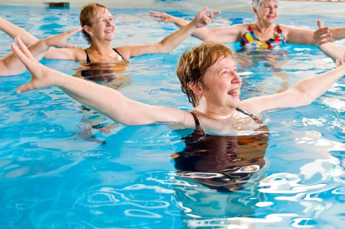900-87802412-woman-enjoying-water-aerobics